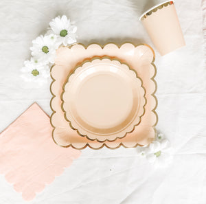 Pretty In Pink Dinner Box - Banner & Bow