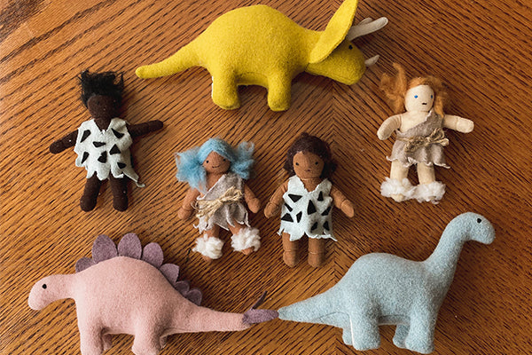 DIY | Create your very own Holdie Folk Cavepeople