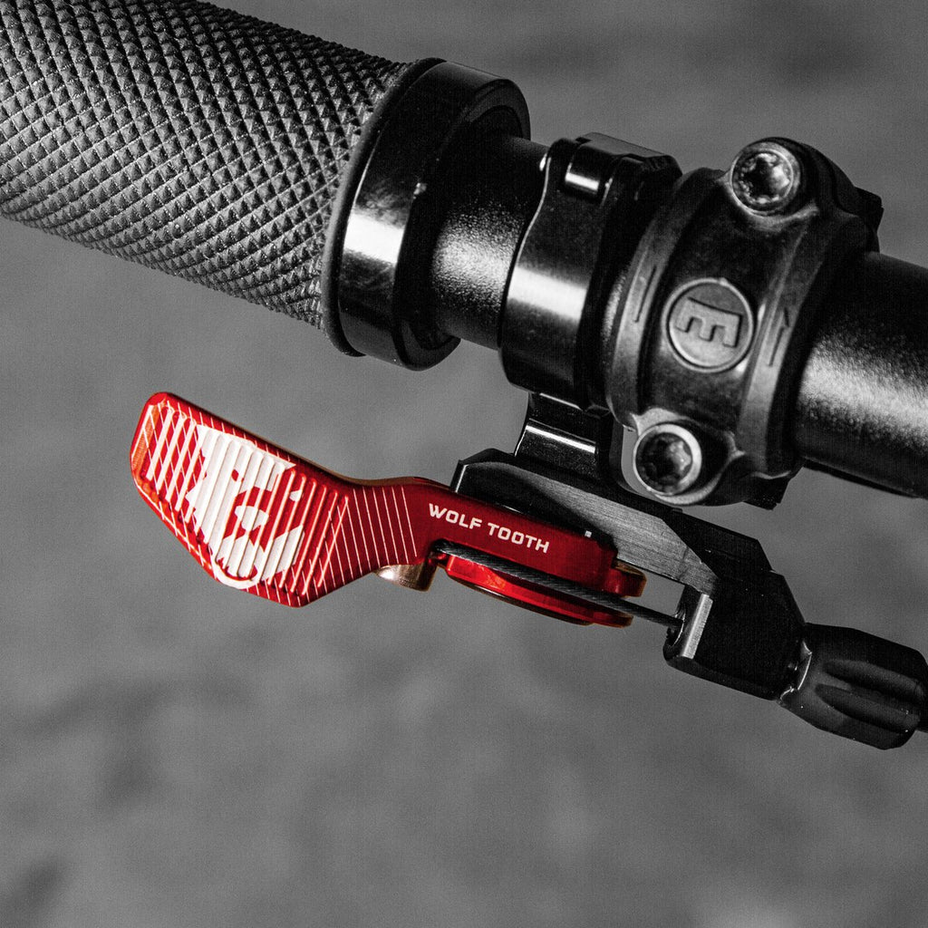 Wolftooth Remote Light Action 22.2mm Handlebar Clamp-Limited Edition Red