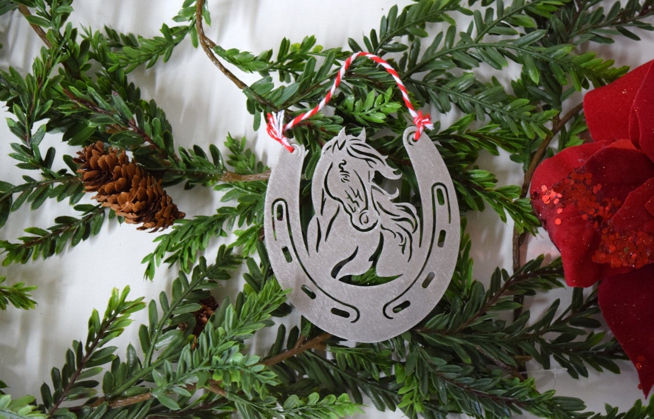 Christmas Horse Pictures.Horse Horseshoe Christmas Ornament