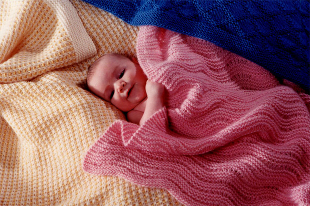 Fiber Trends CH-23 Easy Knit Baby Blanke