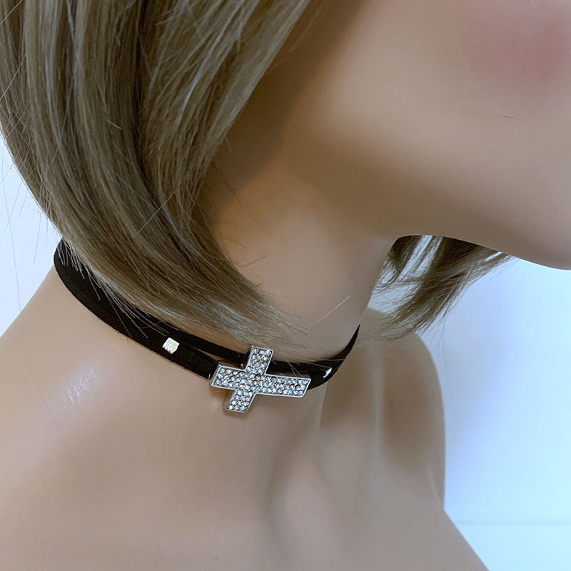 Cross Choker | Gothic Grace