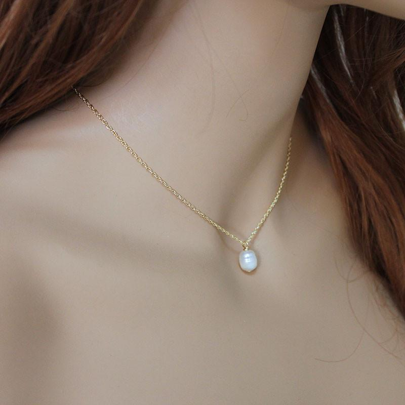 Dainty Single Pearl Gold Necklace - Gothic Grace
