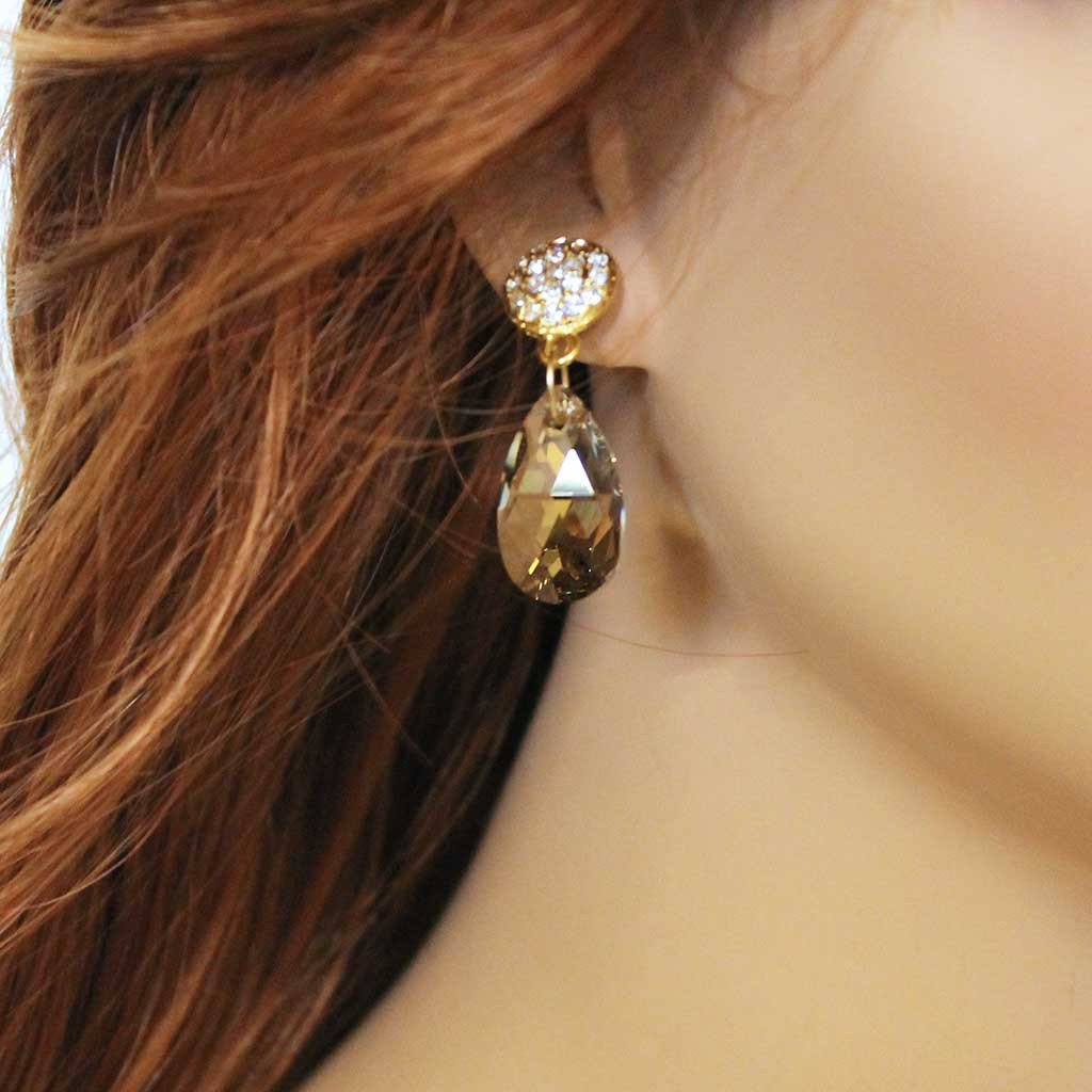 Elegant Golden Crystal Teardrop Earrings - Gothic Grace