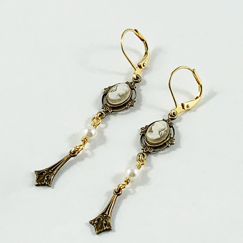 Victorian Earrings | Gothic Grace