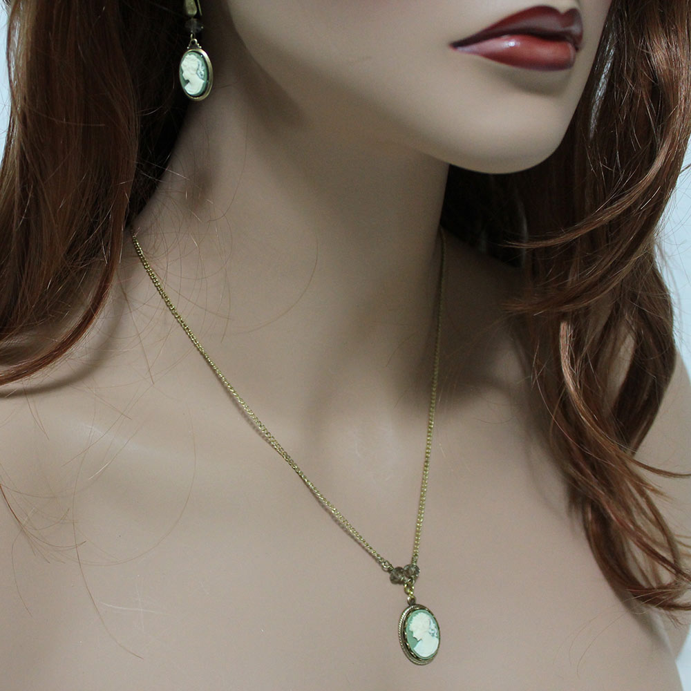 Victorian Green Cameo Necklace - Gothic Grace