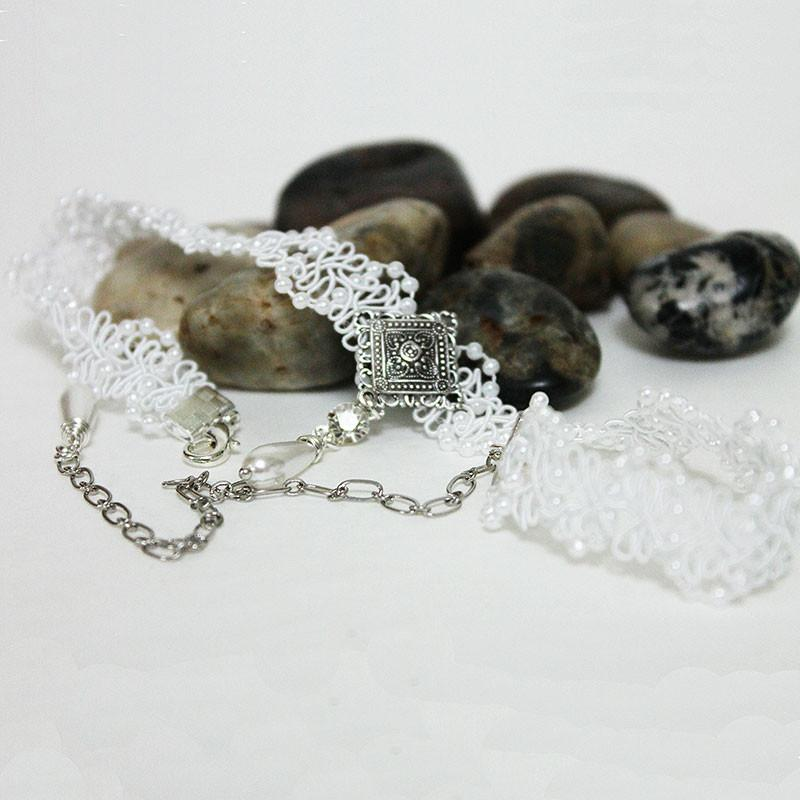 Victorian Pearl Lace Bridal Choker Necklace - Gothic Grace