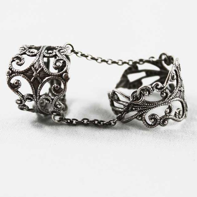 Filigree Double Ring, Adjustable Slave Ring - Gothic Grace