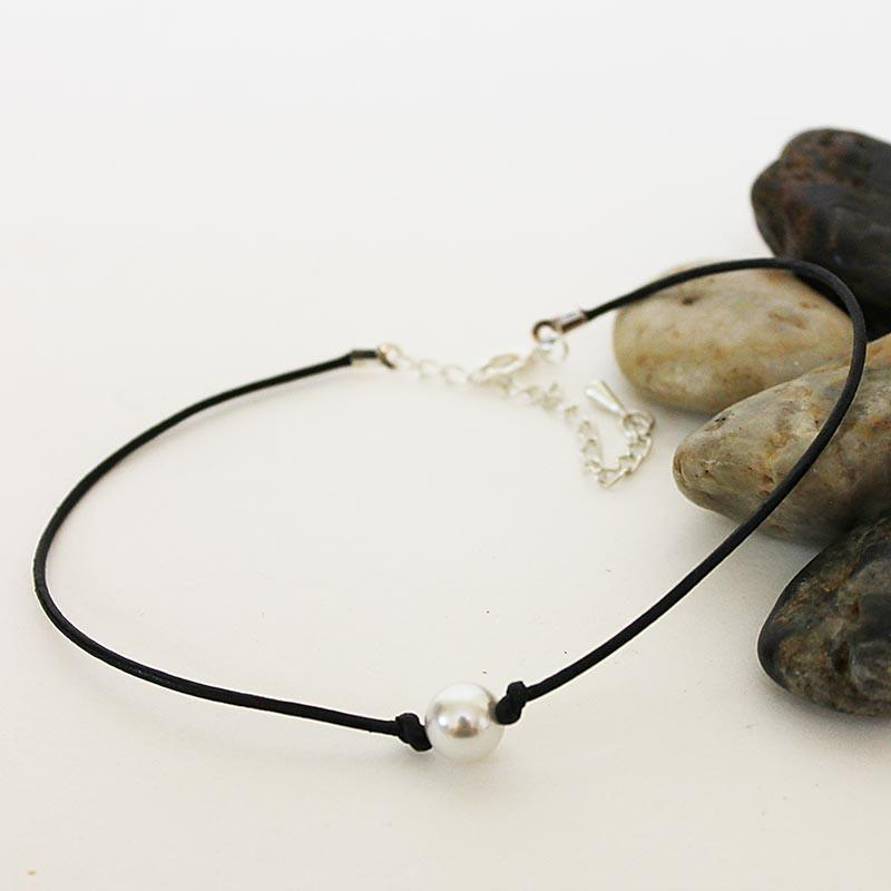 Handmade Single Pearl Black Leather Choker Necklace - Gothic Grace