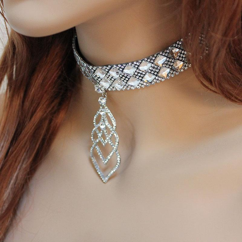 Sparkly Bridal Choker - Gothic Grace