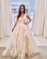V-neck Ball Gown Wedding Dress Fashion Custom Made Bridal Dress YDW0047