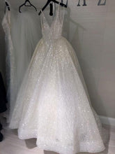 Load image into Gallery viewer, Sexy Ball Gown Wedding Dress, Fashion Custom Made Bridal Dress YDW0080