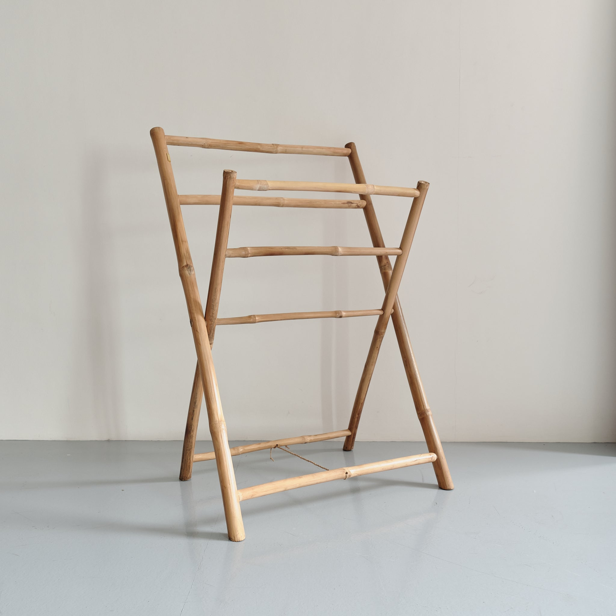 Bamboo clothes rack