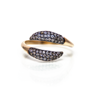 Champagne diamonds tails ring