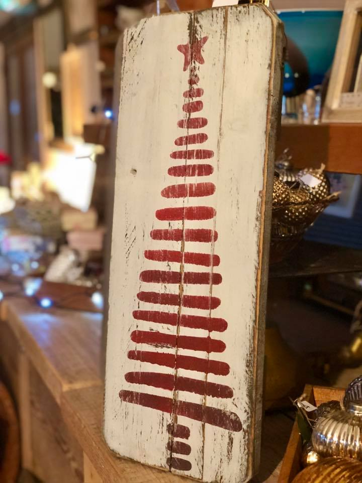 Christmas Sign Workshop - Wednesday 27th November 2019, 5.30pm - 7.30pm