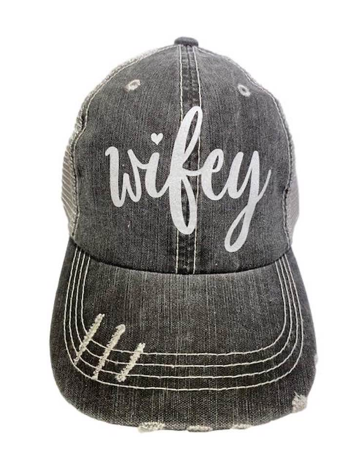 Wifey - Distressed Women's Trucker Hat