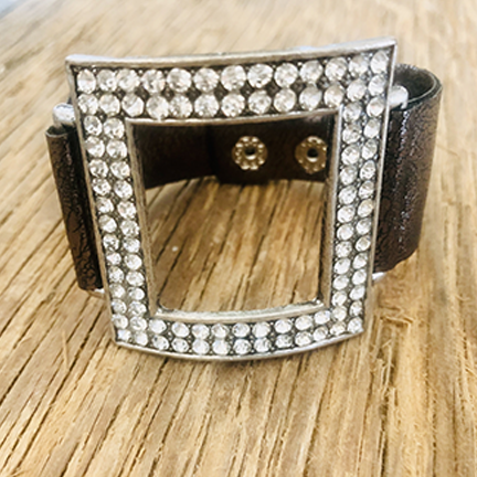 Leather Cuff With Square And Rhinestones 2 Colors