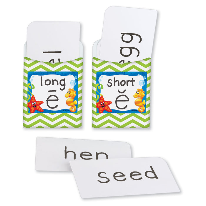 A0897 Vowel Match Learning Fun Activity