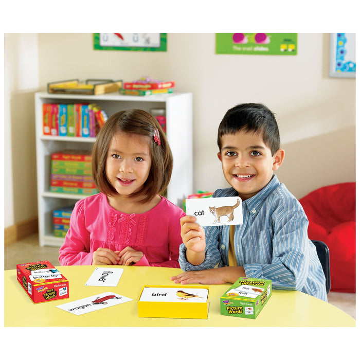 T53004 Flash Cards Picture Words Classroom