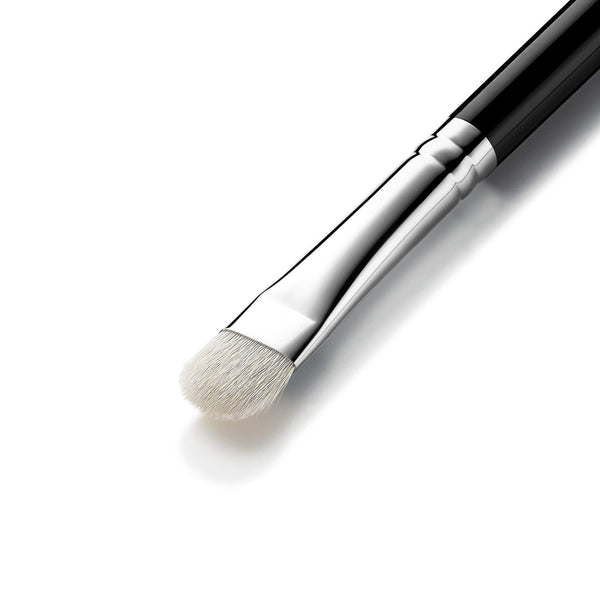 Eigshow Beauty E831 - EYE SHADOW BRUSH