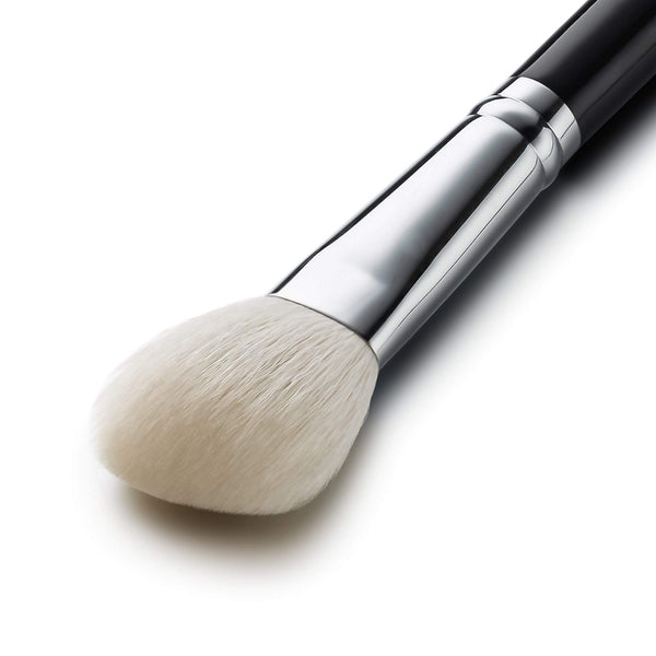 F610 - SMALL ANGLED CONTOUR BRUSH - EIGSHOW Beauty
