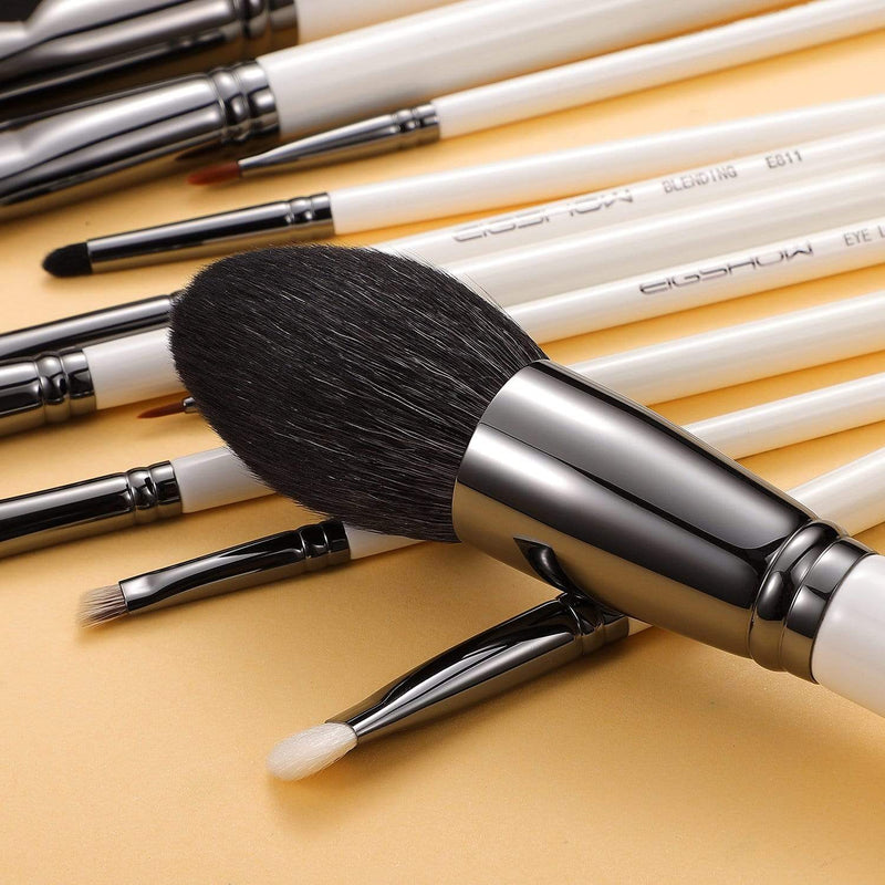 MASTER SERIES - 12 PCS CLASSIC BRUSH KIT -  LIGHT GUN BLACK - EIGSHOW Beauty
