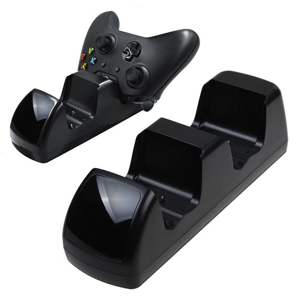 Xbox One Twin Docking Station + 2 x Rechargeable Battery Packs Black Stand