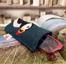 Load image into Gallery viewer, Puffin glasses case
