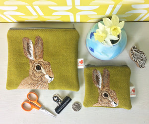 Hare zip pouch