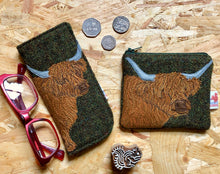 Load image into Gallery viewer, highland cow coin purse - green Harris Tweed