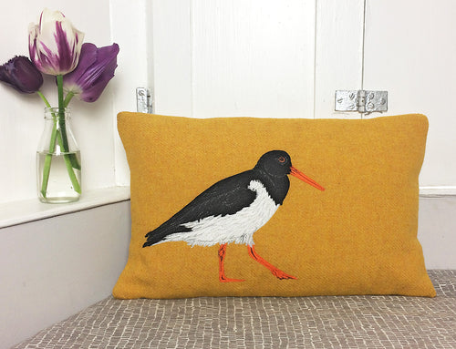 Oyster catcher cushion - made to order - 2 weeks