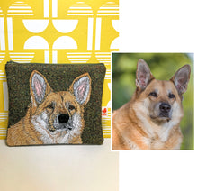 Load image into Gallery viewer, Pet portrait zip pouch - made to order