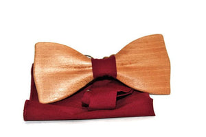 Wooden bow tie in the classic shape, Handmade bow tie from beech wood, casual tie, unisex bow tie