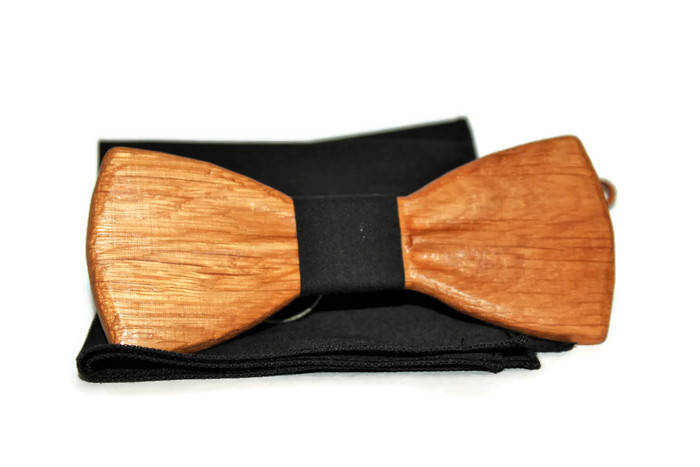 Handmade wooden bow tie made in limited editions. Wood bow tie with pocket handkerchief.