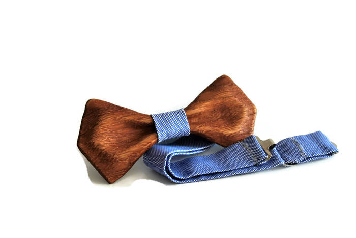 Mens wooden bow tie with pocket square. Wood wedding bowtie.