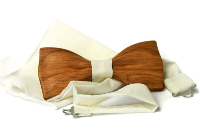 Mens wooden bow tie with pocket square. Handmade men's bow tie from wood.  Wooden trend gift . Gift for him.