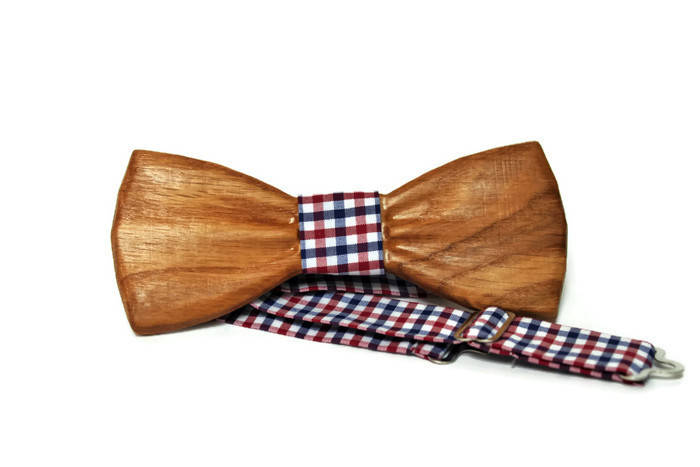 Mens wooden bow tie with pocket square. Wood bow tie.