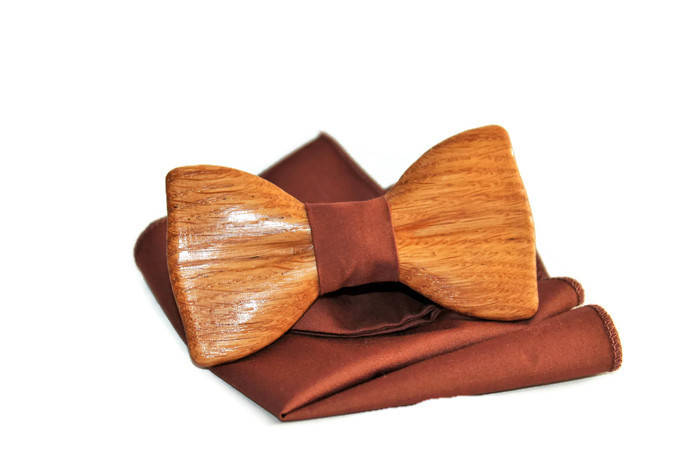 Handmade wooden bow tie for friend. Men groom wedding bow tie. Idea for best friend gift. Bridesmaid gifts.