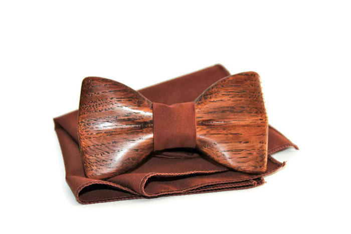 Groomsmen wooden bow tie. New wedding trend 2019. Wedding wood bow tie. Special price. Gift for wedding.