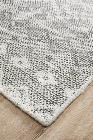 Rug Culture Castle 820 Charcoal