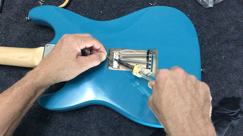 connecting ground wire to the tremolo claw