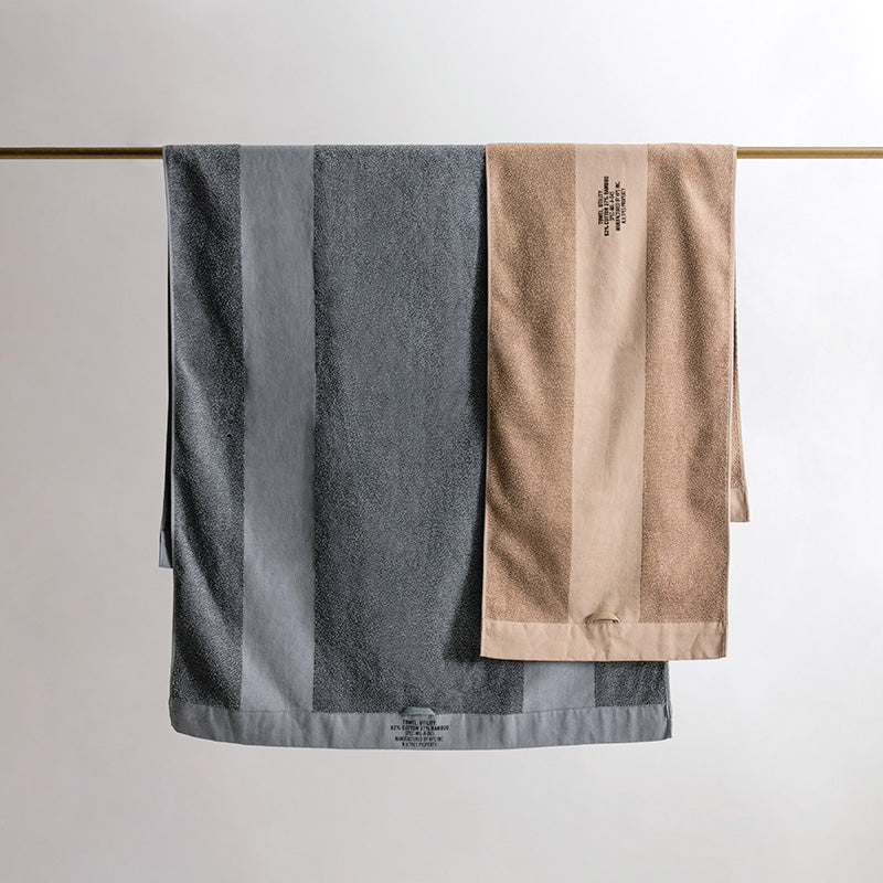 N.HOOLYWOOD BATH TOWEL