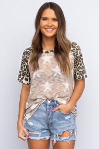 Style In The Wild Star Print Short Sleeve Top