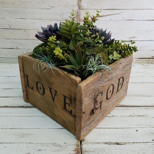 Reclaimed Barnwood Planter/Centerpiece