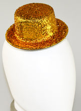 Load image into Gallery viewer, Studio 7 Glitter Hat Clip - Gold