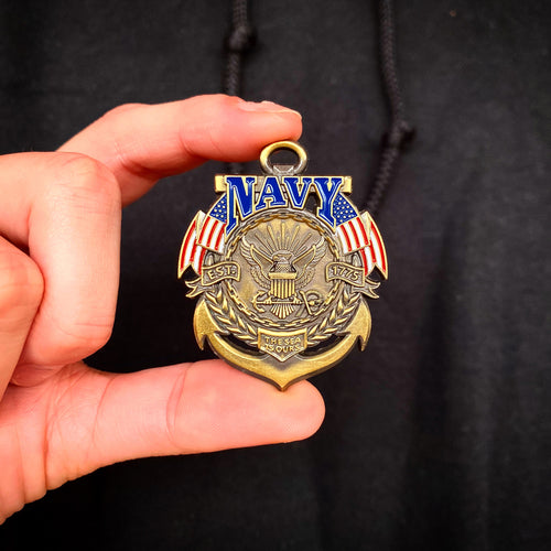 US Navy Veteran's Day Pin