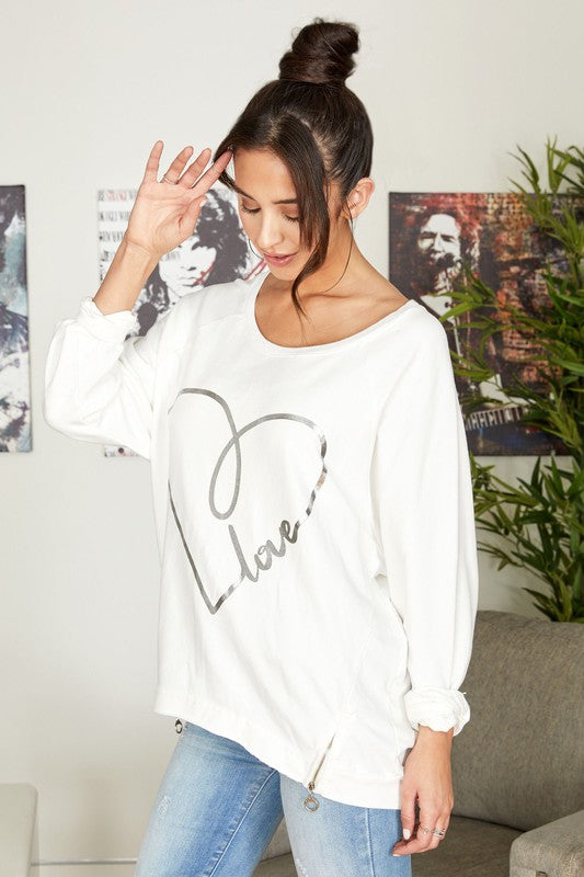 LOVE HEART WHITE SWEATSHIRT