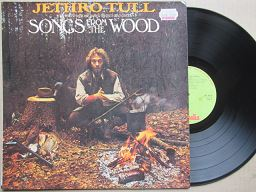 Jethro Tull | Songs From the Wood ( RSA VG+ )