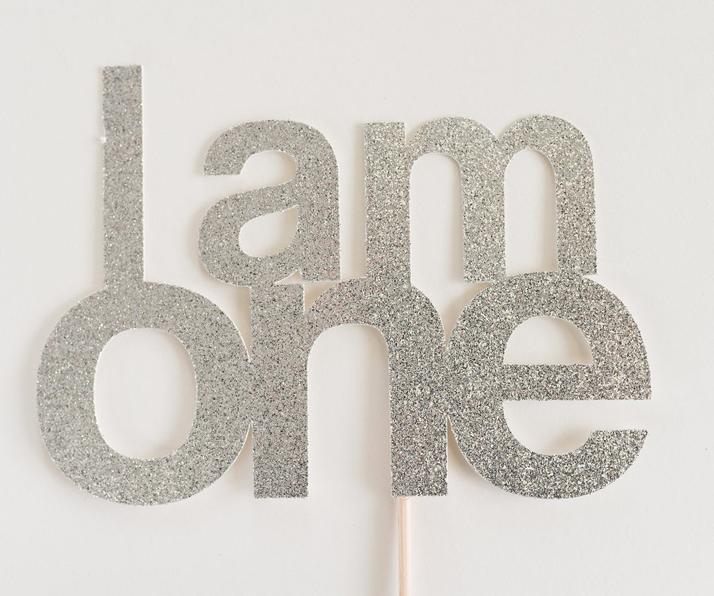 I am One Cake Topper Silver - Paper & Parties Boutique