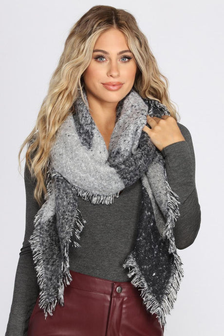 Light & Dark Color Block Frayed Blanket Scarf
